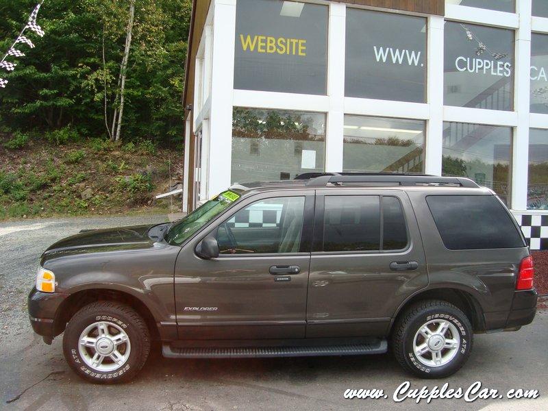 Ford Explorer Limited >> 2005 Ford Explorer XLT V6 4X4 7-Passenger for sale in ...
