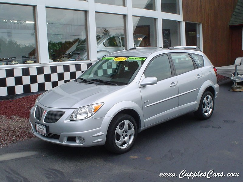 used 2005 pontiac vibe awd for sale in laconia nh. Black Bedroom Furniture Sets. Home Design Ideas