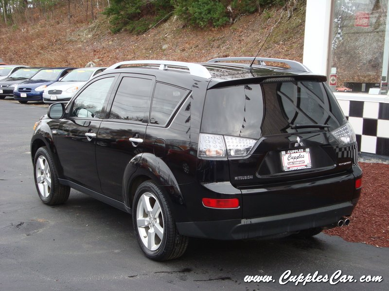 2007 mitsubishi outlander xls loaded awd for sale in. Black Bedroom Furniture Sets. Home Design Ideas