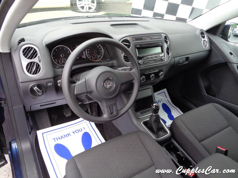 volkswagen tiguan  speed manual transmission  sale  laconia nh cupples cars